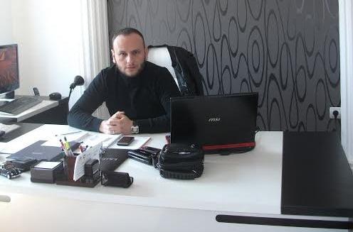 Şunun resmi: Serdar Ensari